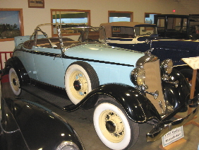 Antique_Car_Museum_of_Iowa_1933_DB_Roadster